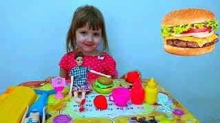 ГОТОВИМ САЛАТ И БУРГЕРЫ ДЛЯ КУКОЛ/ Cooking salad and burgers for dolls