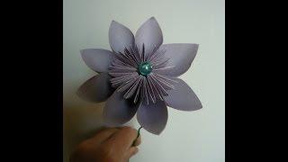 Цветок оригами из бумаги своими руками Оrigami flower(Такой цветок оригами из бумаги своими руками очень легко делать, справятся даже дети в детском саду. Букети..., 2014-07-02T07:42:21.000Z)