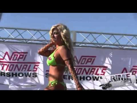 tits-nopi-chic-bikini-contest-hawaiian