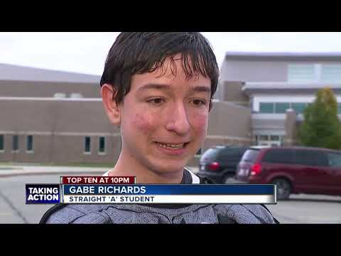 Metro Detroit high school student in special education denied academic award