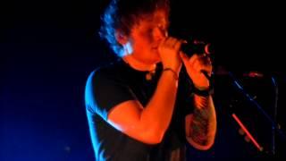 Ed Sheeran - Wayfaring Stranger - Brisbane 31-7-12 HD acapella