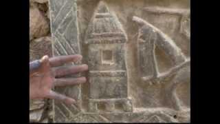 Pays Dogon (Malí). Lecture des portes. (1ºre partie)  (22/8/2004)