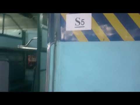 Gondiya barauni train  sleeper couch S5 loot rahi indian railway