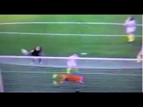 Hope Solo Save USA v AUS Women's World Cup Soccer - Zennie62