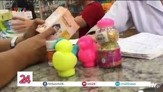 Cốm cho trẻ em nhái thương hiệu bán trong nhà thuốc  VTV24