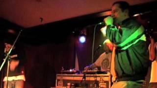 "DEDLEE ""32 lines"" live 2005"