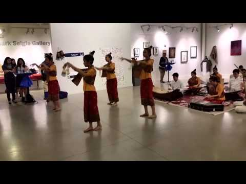 Dok Champa Dance and Music Performance (By: Lao Youth Leaders)