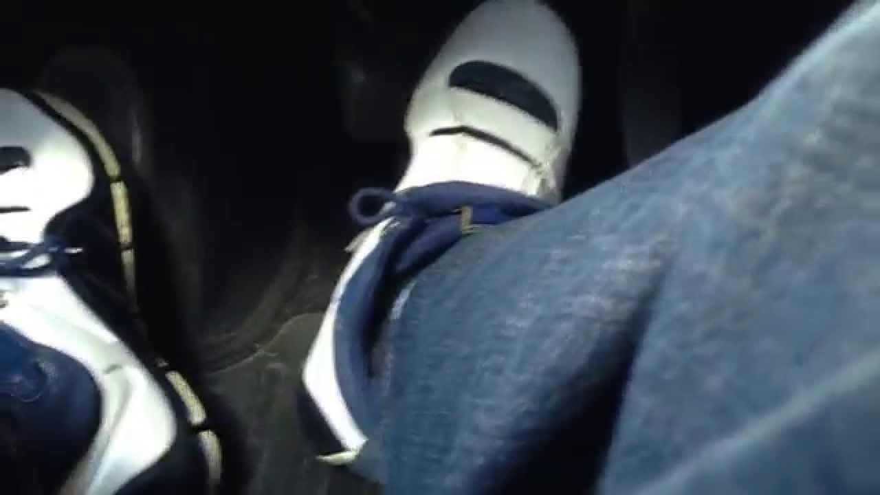 9439de8ada32 Driving in my Nike Zoom LeBron IV (West Coast) - YouTube
