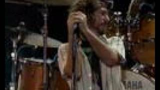 Pearl Jam - Do The Evolution Live in SP (2005-12-03)