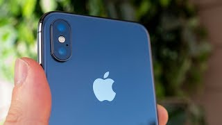 Why iPhone X is STRANGE in 2020..