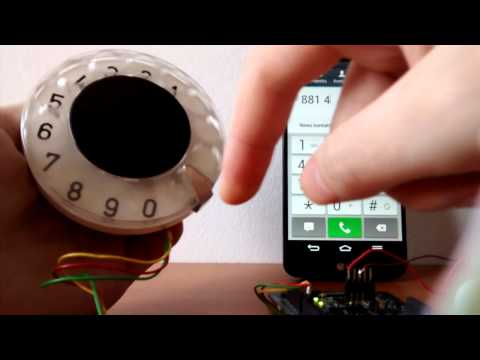 Hipster phone - bluetooth rotary dial