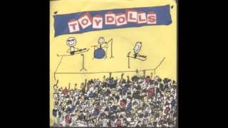 Watch Toy Dolls Howza Bouta Kiss Babe video