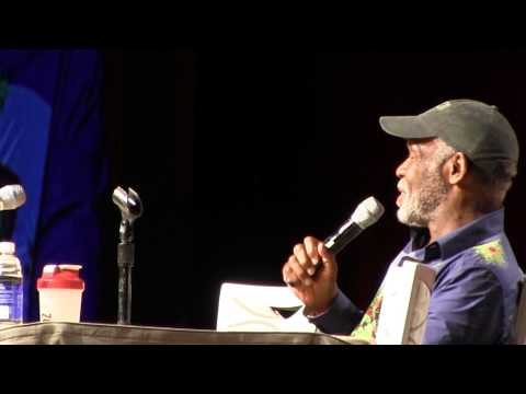 Danny Glover on Predator and great lines - Phoenix Comicon 2014