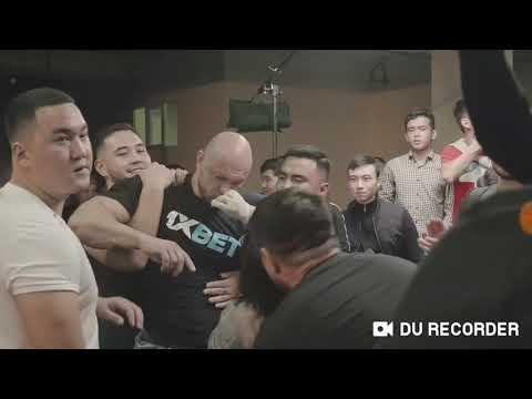 Шапалақ show! Андрей vs Данияр қазақ