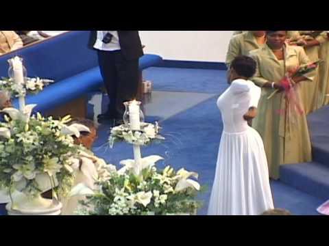 """Praise Dance - """"Usher Me"""" - GeKaitha Black - Broom"""