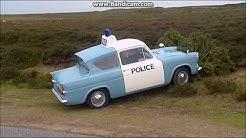 Heartbeat -  PC Alf Ventress crashes Anglia Panda Car (HD)