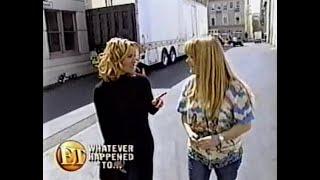 Susan Olsen and Maureen McCormick Reunite at Paramount Studios 2000