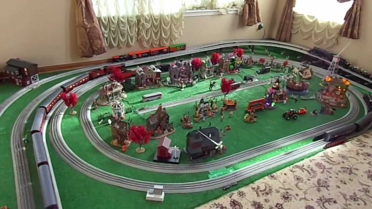 LIONEL TRAINS HALOWEEN 5 TRACK LAYOUT 2012 YouTube
