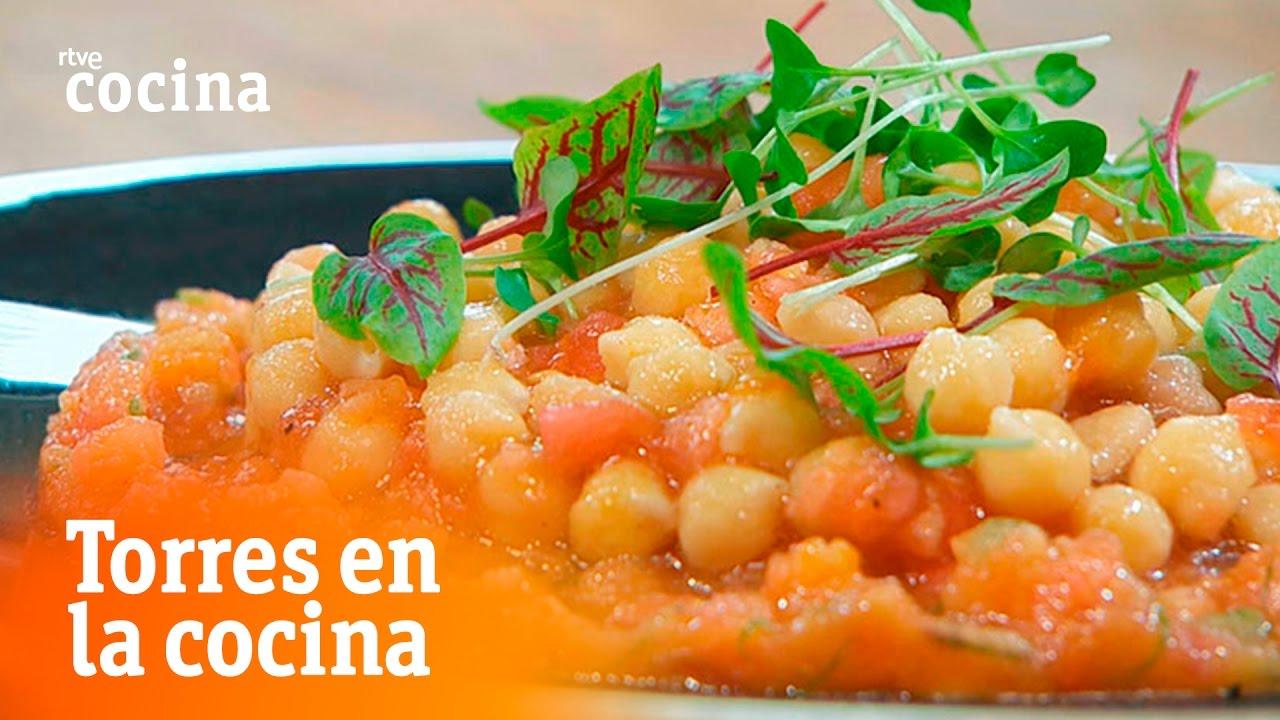 Ensalada de garbanzos con tomates torres en la cocina for Torres en la cocina youtube