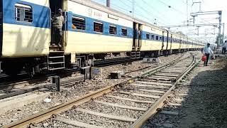 68036/Tatanagar-Hatia MEMU Pessenger Train, Arrival at Ranchi Junction (Covid-19)