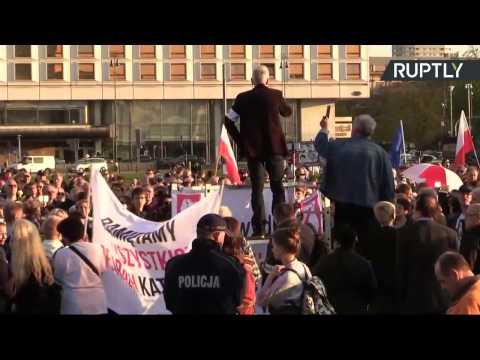 Avion présidentiel polonais : manifestations contre l'«instrumentalisation» du crash