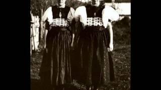 Andrea Jágerová a OĽuN - A ja smutná, neveselá; Majerán, majerán (Slovak Folk Songs)