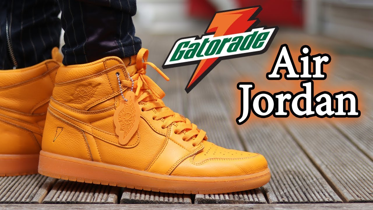6c81733a270 Air Jordan 1 Gatorade (Orange Peel) Close Up + On-Feet w/ Different Pants