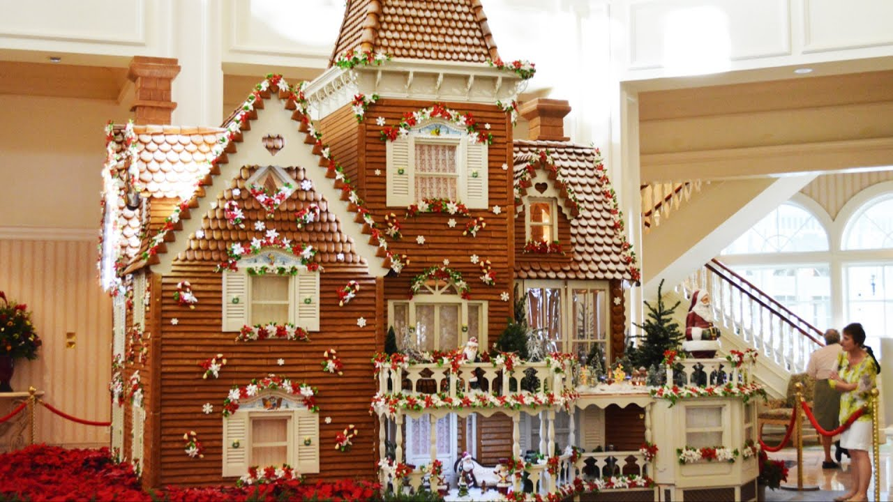 disney's grand floridian resort gingerbread house - final dusting