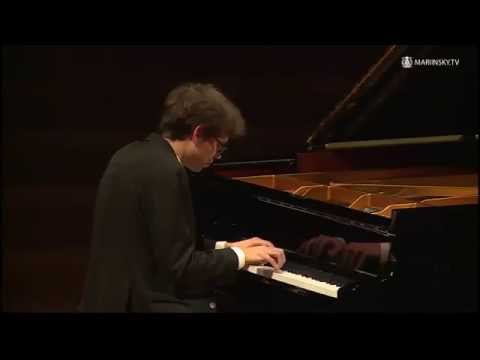 Lucas Debargue's  jazz improvisation in Russia, after classical recital