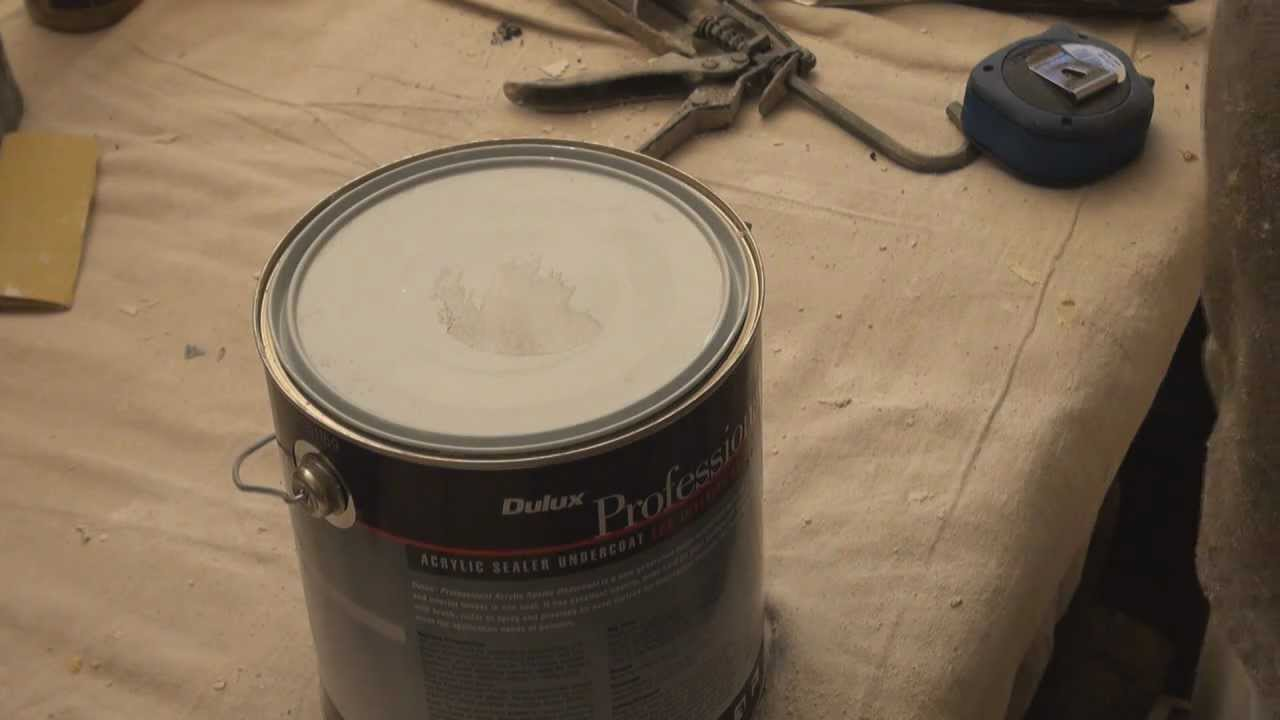 images for how to open a paint can