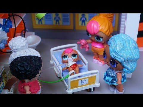 LOL SURPRISE DOLLS Lil Sister Goes To The Hospital!