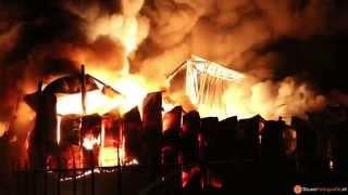 Zeer grote brand GRIP1 in kunststoffabriek Debecom aan de Spuiweg in Waalwijk (2014-04-26)