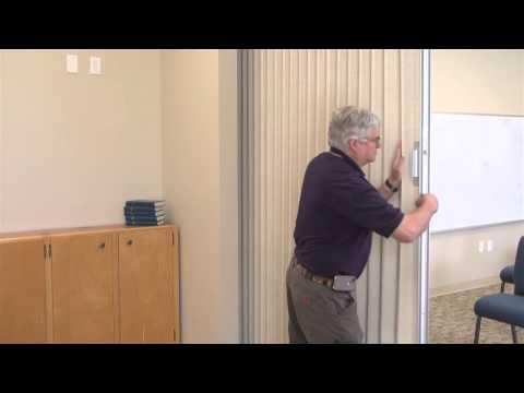 Hufcor Accordion Doors - Salem Baptist Church