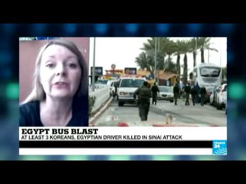 Egypt: Bus blast leaves at least four dead, two dozen injured