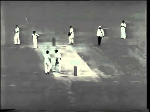 RARE  Sir Len Hutton 60  vs Australia 5th test 1950 51
