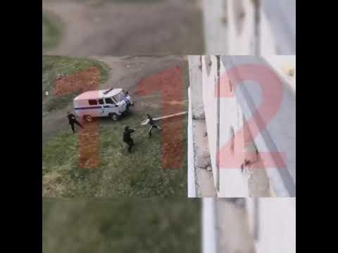 В Новокузнецке мужчина с ножом напал на полицейских
