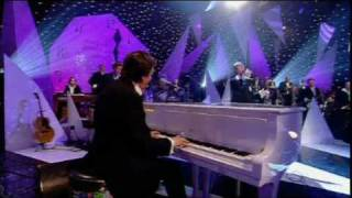 "Dave Swift on Bass with Jools Holland backing Marc Almond ""Say Hello, Wave Goodbye"""