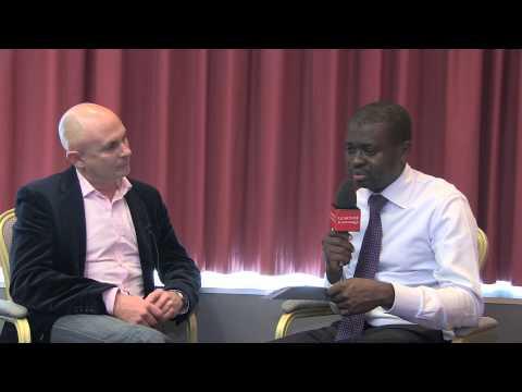 Manager par la musique: Interview de Doug Manuel