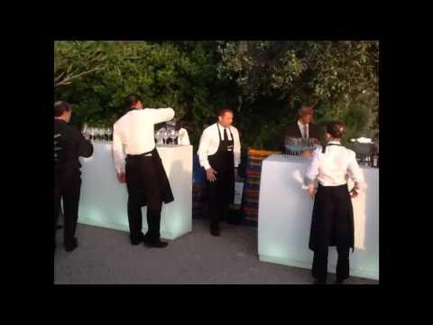 Barras de bar iluminadas mobiliario con luz unibis for Mobiliario de bar