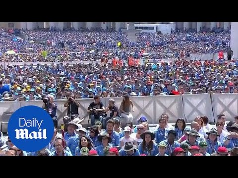 Pope Francis greets thousands of Scouts in St. Peter's Square - Daily Mail