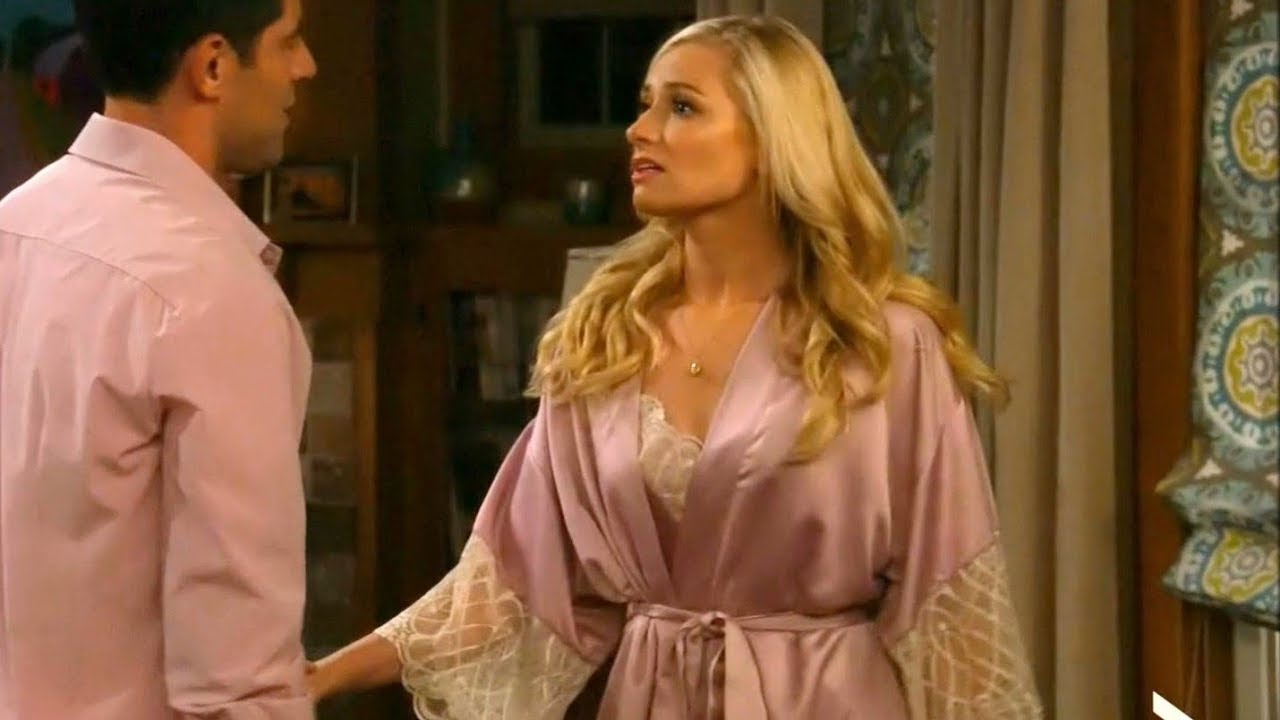 Pink Satin Lace Robe - Beth Behrs 13bf4aa67