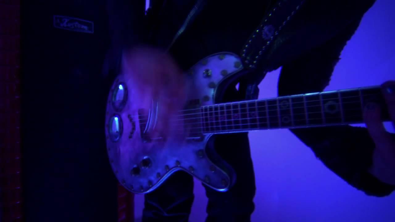 crossfade-killing-me-inside-official-video-eleven-seven-music