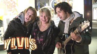 Ylvis - synger for fulle folk