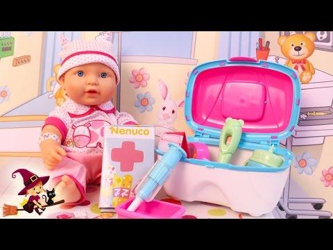 La Bebe se Resfria y Va al Hospital Kit Médico de Nenuco