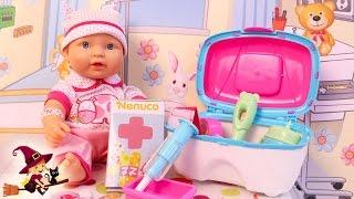 La Bebe se Resfria y Va al Hospital Kit Médico de Nenuco thumbnail