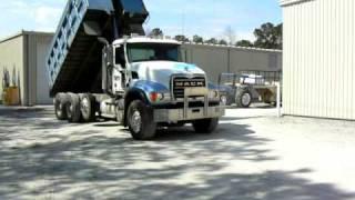 2007 MACK TRI AXLE DUMP TRUCK