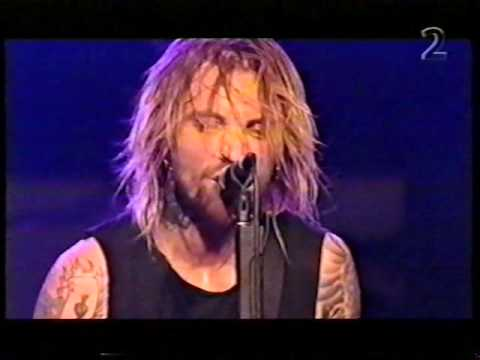 Backyard Babies Live in Stockholm 10/12/2001