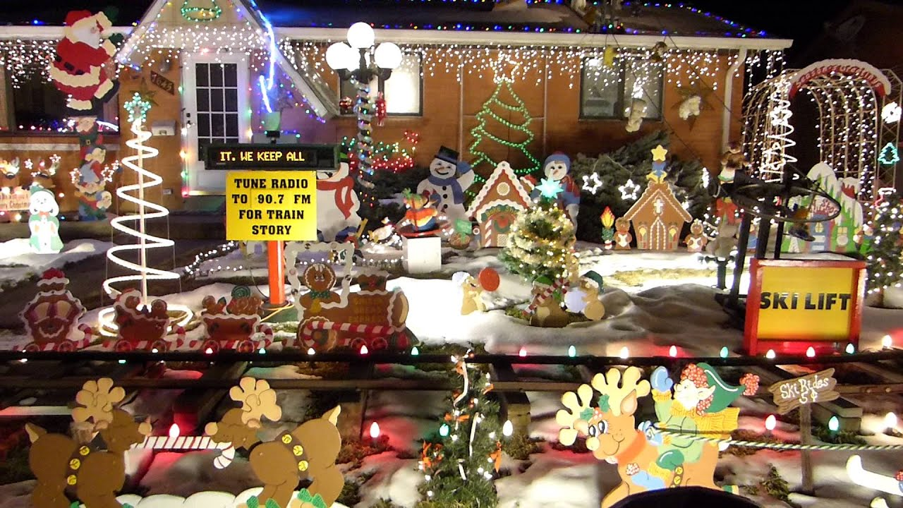 2015 christmas train and decorations