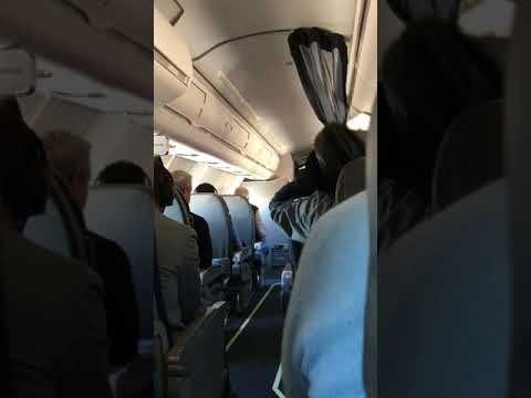 American Airlines (Mesa Airlines) passengers brace for emergency landing