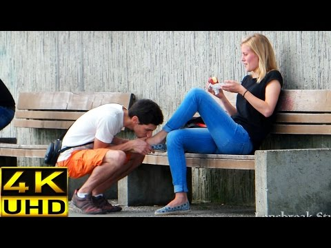 Prank! Kissing girls feet (how to pick up girls)